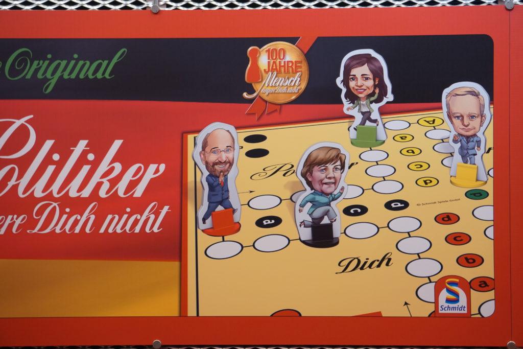 Un jeu avec Angela, je veuxxxxx :-)