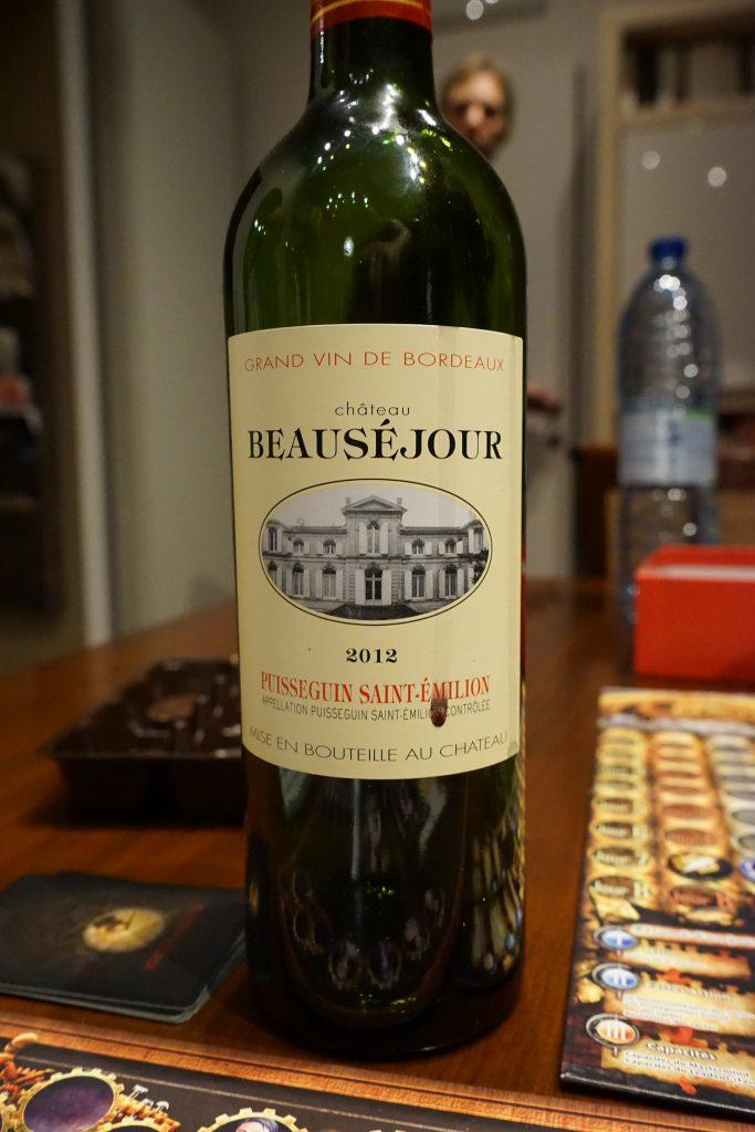 Une très belle surprise que ce Château Beauséjour 2012. Une très belle bouche, charnue tout en étant délicate et avec un goût très particulier.